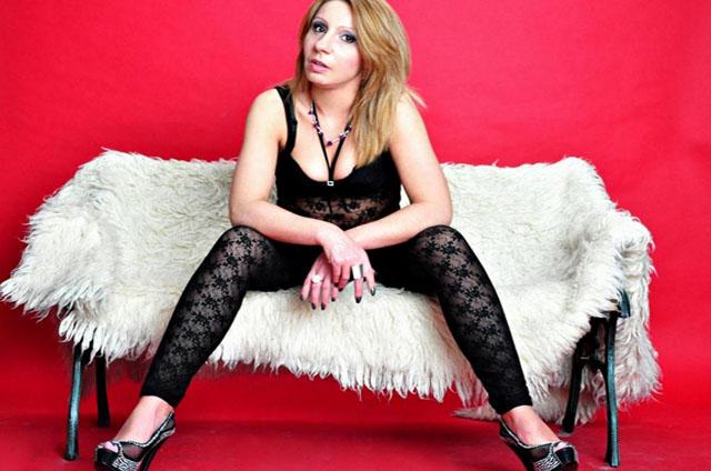 amateur livecamsex mit blonder hausfrau aus deutschland